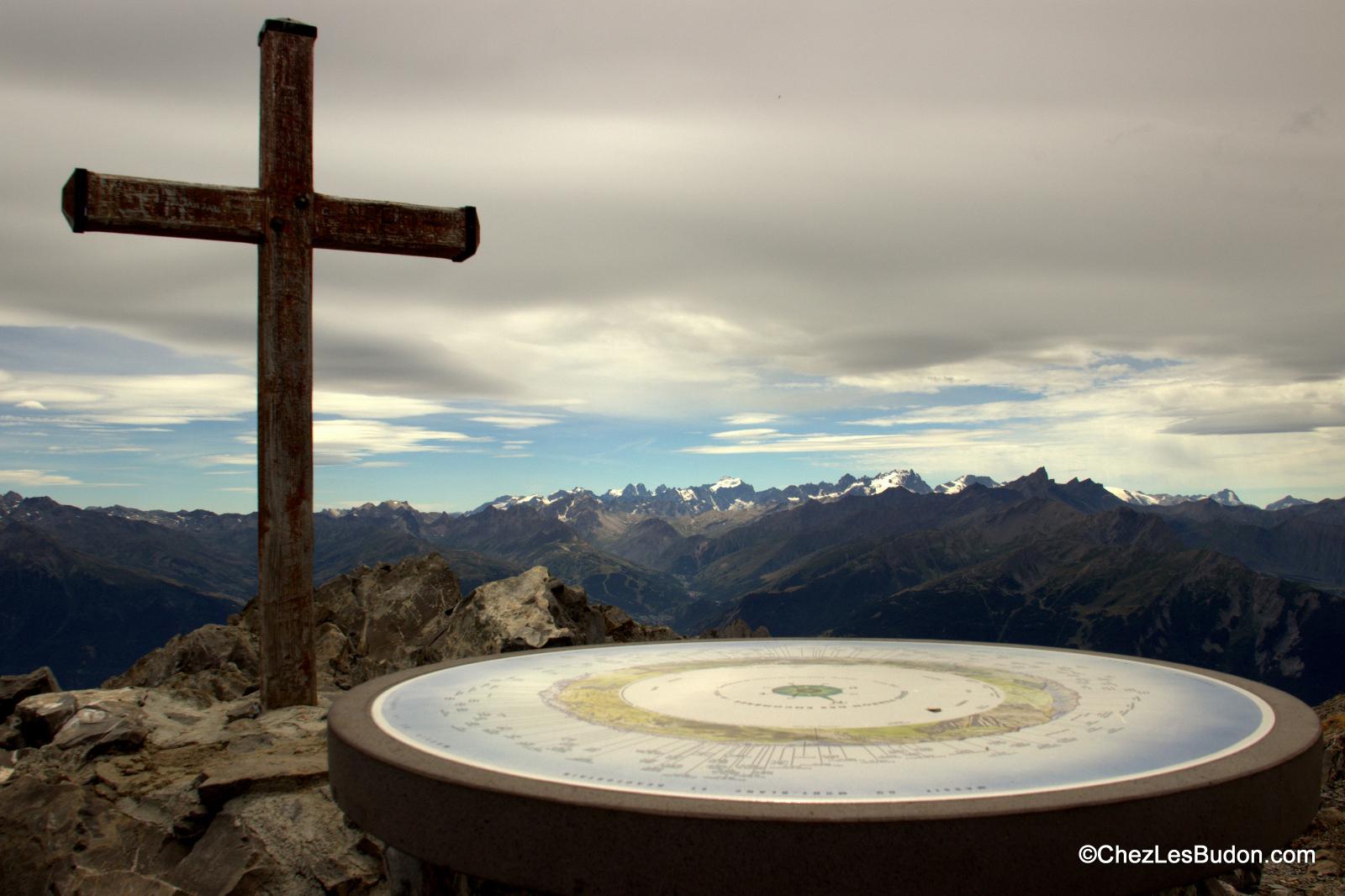 Grand Perron des Encombres (2824m) par le col du Bonhomme (2412m)